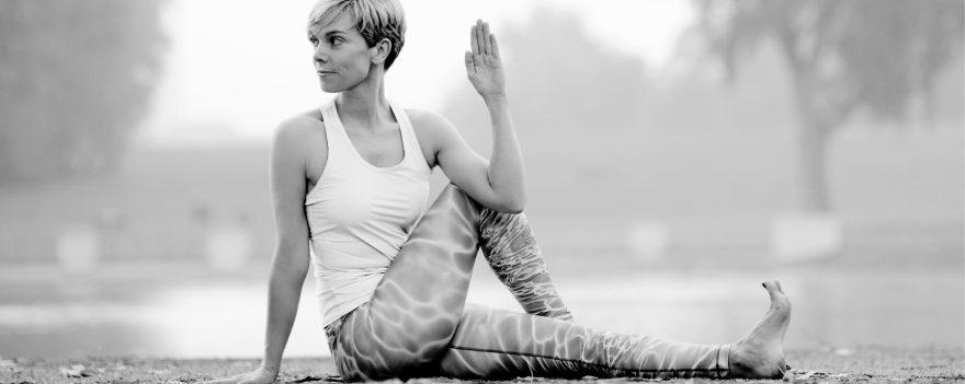 Personaltraining in Köln für Yogatherapie nach Spiraldynamik in Köln verbessert die Ausrichtung.